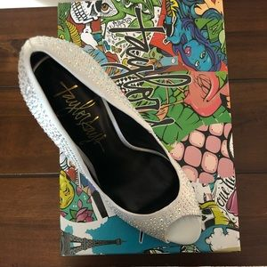 Taylor Says Shoes - Taylor Says Werk White Satin Fabric Pump 9.5